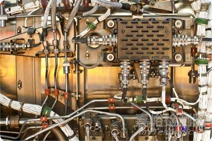 安装在飞机发动机上的控制系统